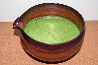 Roztrzepana japońska herbata Matcha