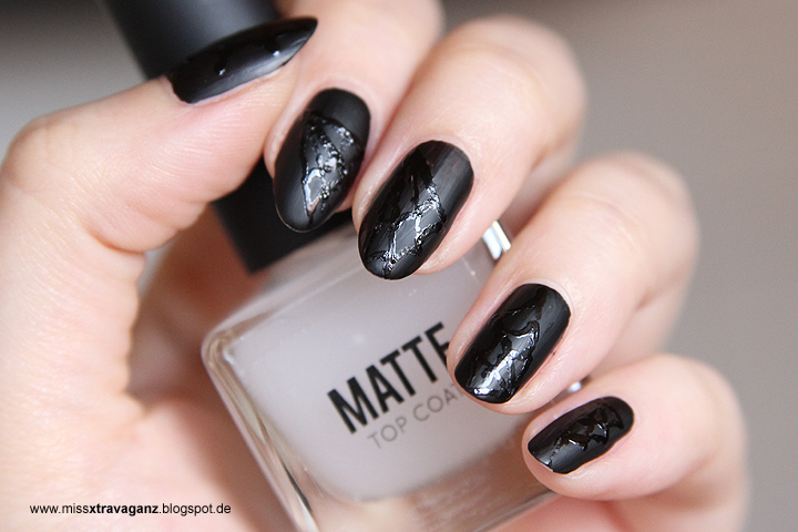 miss von xtravaganz nagellack halloween nailart matte. Black Bedroom Furniture Sets. Home Design Ideas