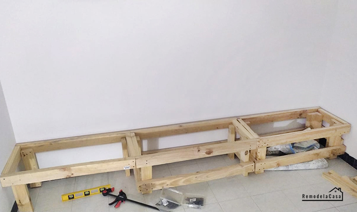 2 x 4's for the base of the banquette