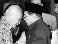 Cerita Gus Dur Tawarkan Soeharto Masuk NU Golongan Baru