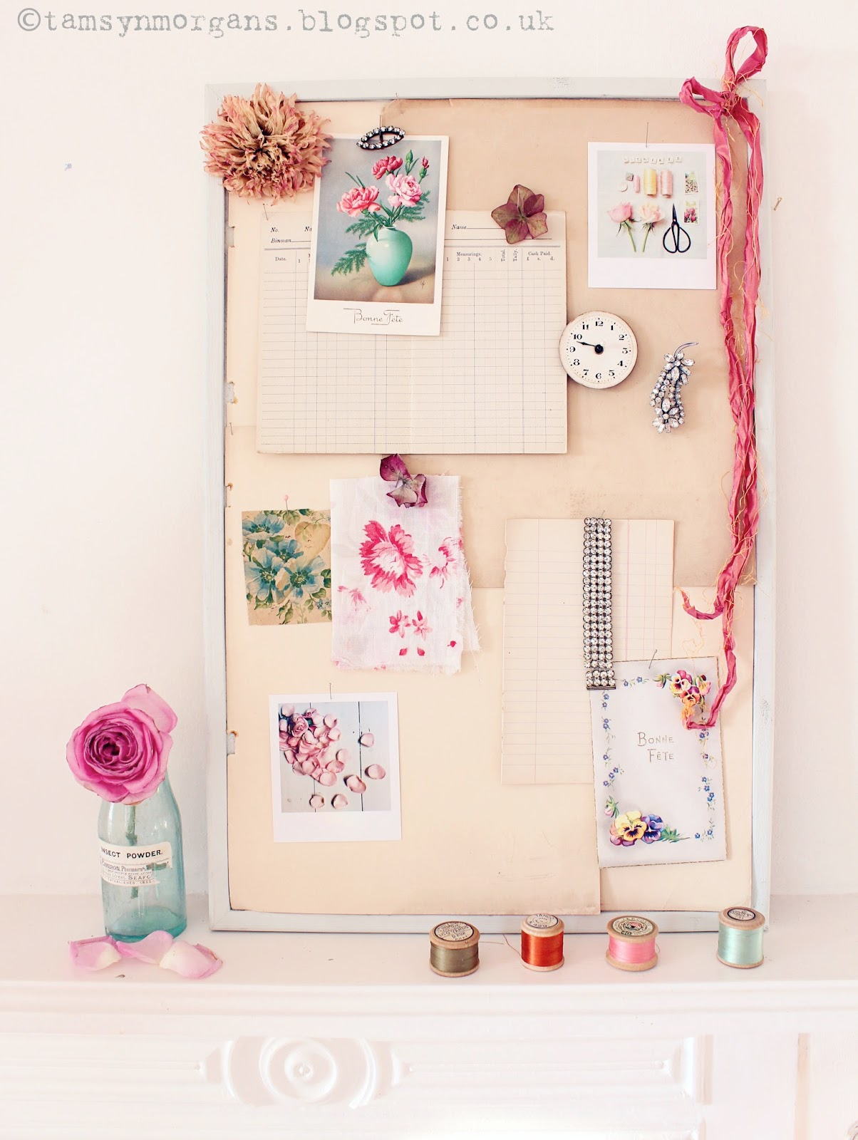Rainy Day Crafts #1 – DIY Vintage Mood Board