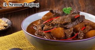 Semur Daging merupakan salah satu makanan khas lebaran di Indonesia yang selalu ditunggu-tunggu