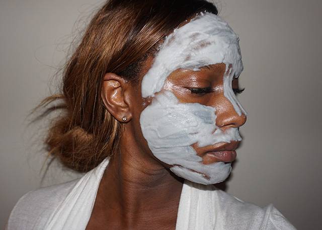 Elizavecca Milky Piggy Carbonated Bubble Clay Mask (bellanoirbeauty.com)