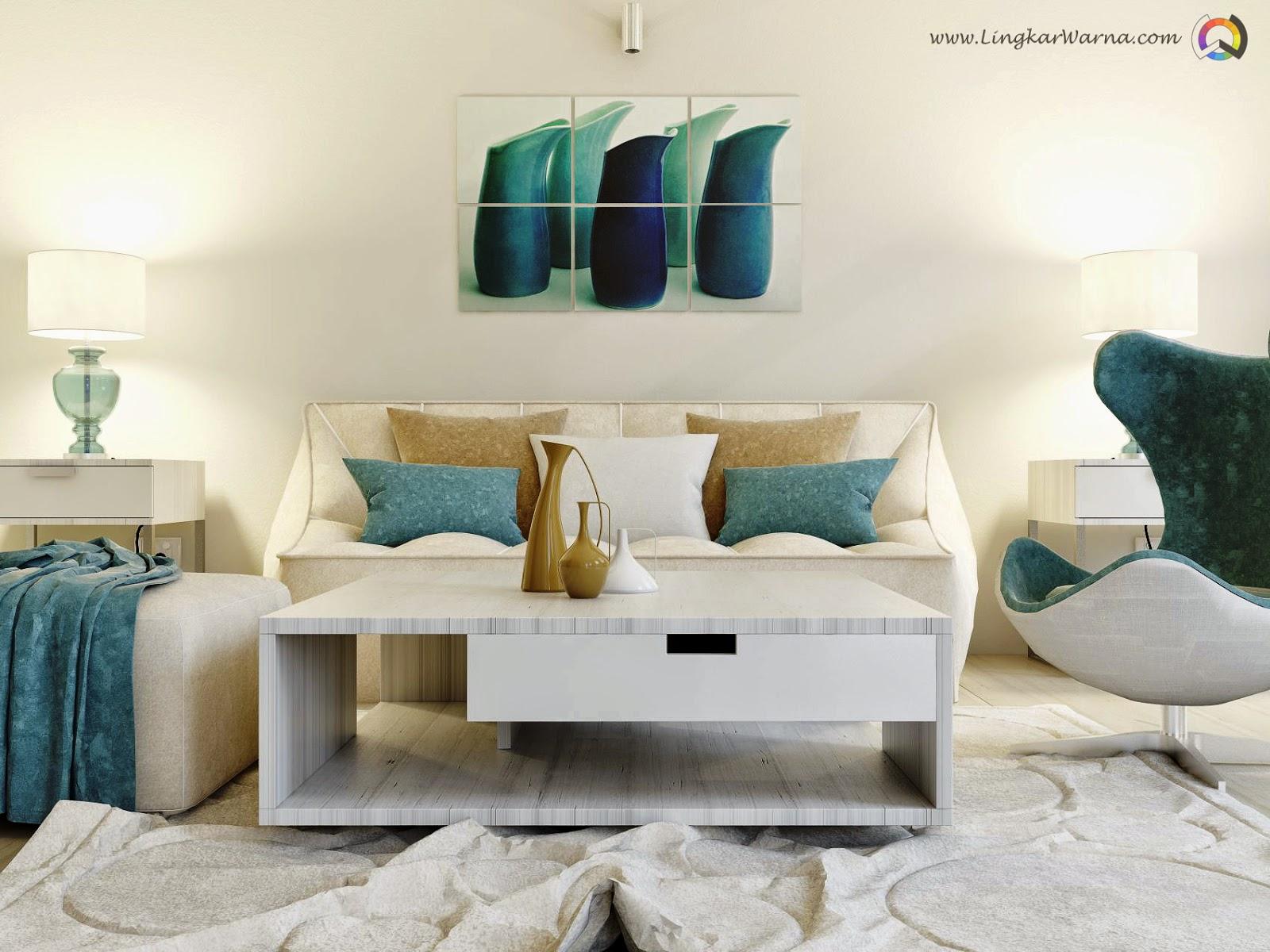 Desain interior ruang keluarga dengan tema putih bersih