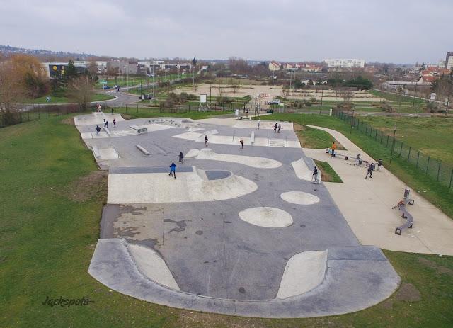 skatepark achères