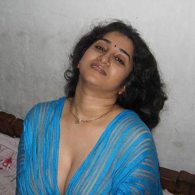 Aunty Nude Hot Photos