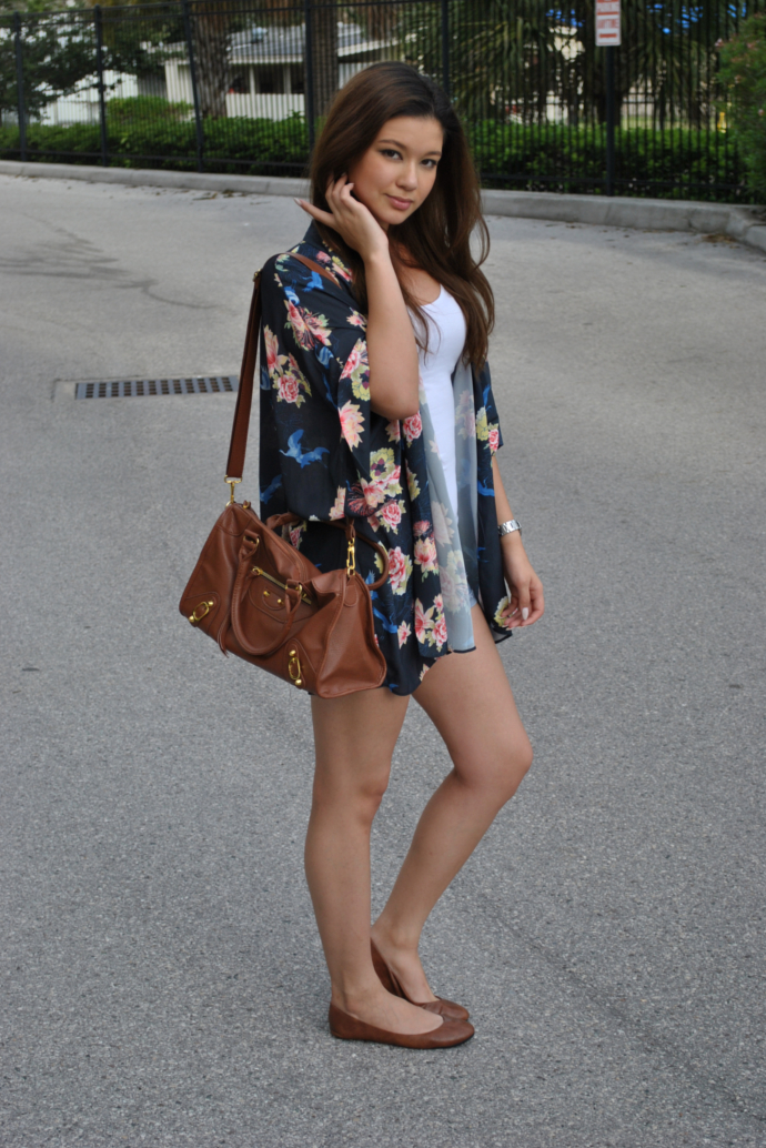 brown flats outfit, love kimono, inlovewithfashion, charlotte russe shorts, arafeel bag