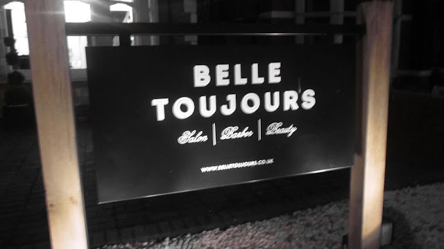 belle toujours sign