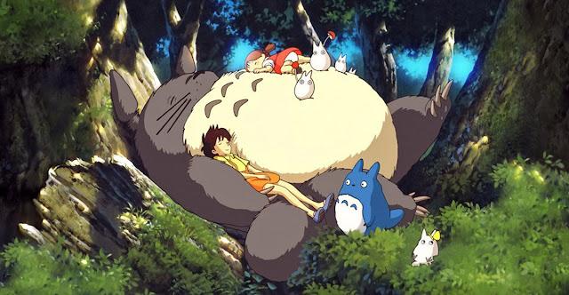 Fotograma de la película de animación japonesa de Studio Ghibli Mi vecino Totoro
