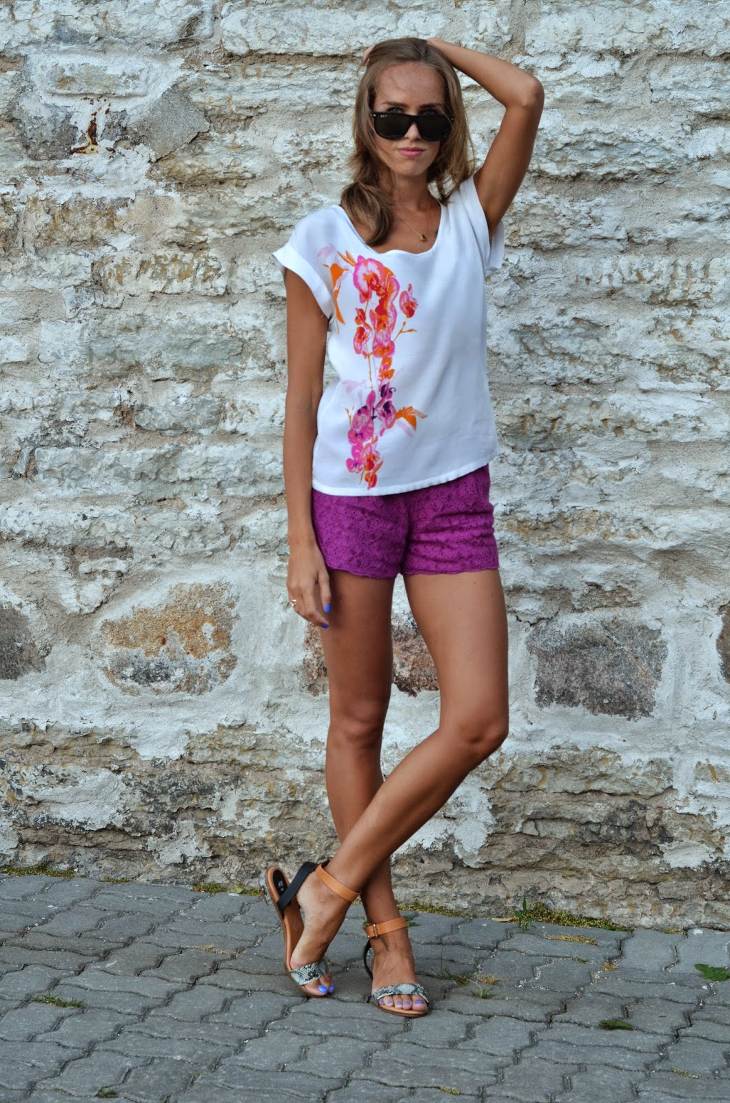 white hm shirt snake sandals purple lace asos shorts