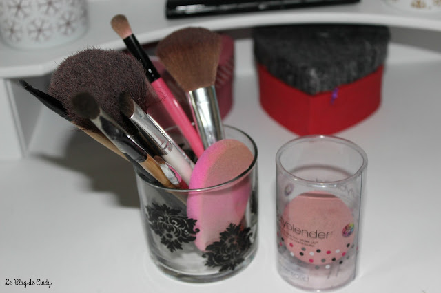 PINCEAUX MAKE-UP