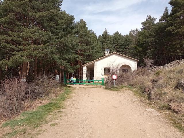 Casa del Leñador en la senda a la Chorrera de San Mamés