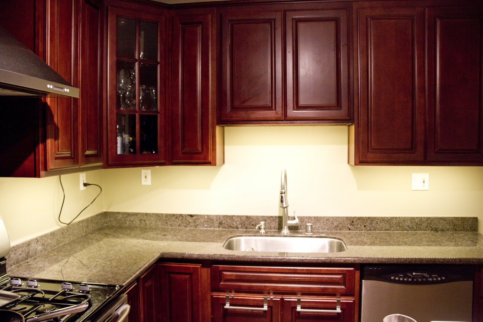 Kitchen Cabinets Under Lighting Swingncocoa Under Cabinet Lighting