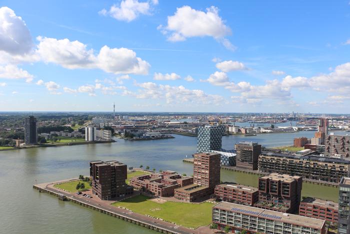 Blick vom Euromast auf den Hafen in Rotterdam