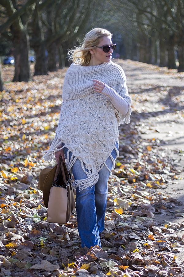 onabyfashion.blogspot.com/2015/11/bell-bottom-jeans.html