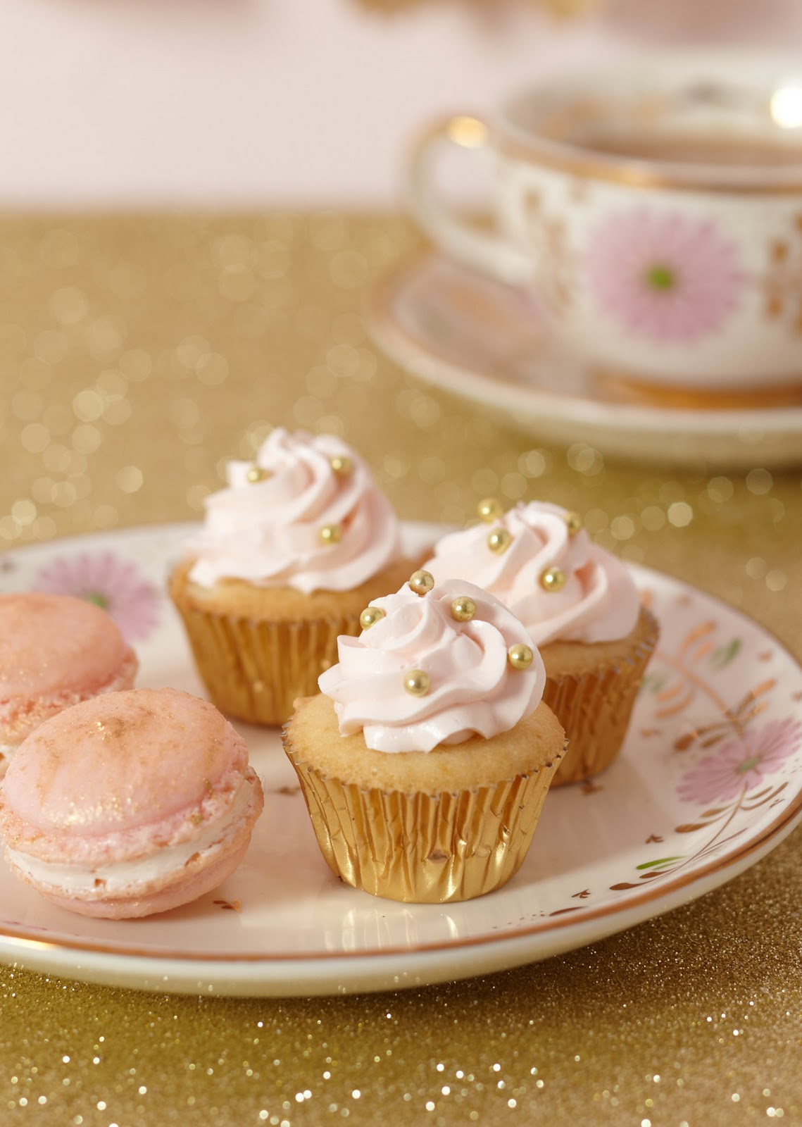 Cakewalk Baking Pink Gold Glittery All Over The Sweets