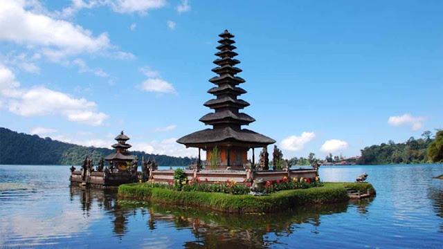 Penerbangan dari Bandung ke Bali