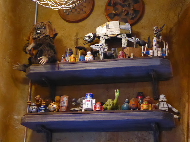 STAR WARS: Galaxy's Edge Toydarian juguetería The Black Spire Outpost Marketplace