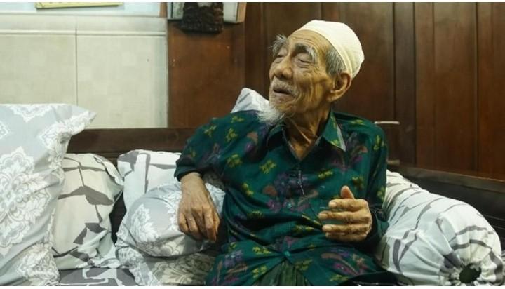 Innalillahi... KH Maimoen Zubair Wafat di Makkah