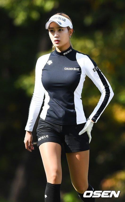 Top 100 Hottest Big Boobs Female Golfers Wallpapers | Sexiest Photos of Huge Breasts Sports ...