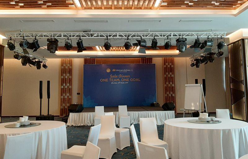 Hình ảnh làm bảng hiệu quảng cáo Tổ chức sự kiện tại Phú Quốc