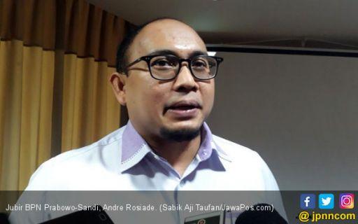 """Kampanye di Sumbar, Andre Rosiade Diteriaki """"Hidup Jokowi"""""""