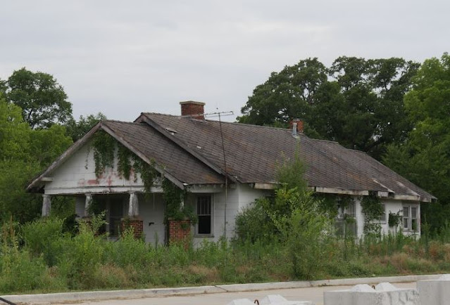 tips selling a house needing serious work fixer upper home sale