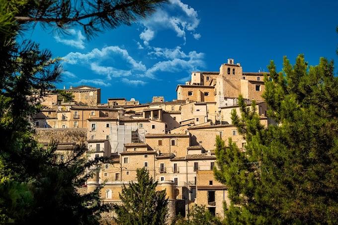 Vacanze: 3 italiani su 4 nei piccoli borghi per paura dei contagi