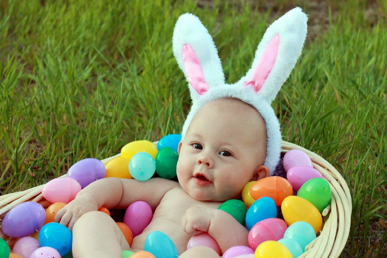 easter pictures, baby easter, 1st easter, easter picture ideas