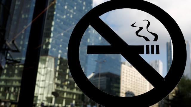 Un empresario da cuatro días extra de vacaciones a los empleados que no fuman