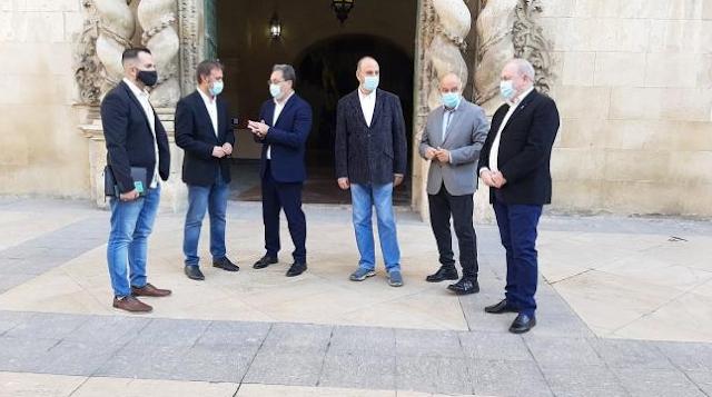 """PSPV y Compromís piden que la Diputación se una al Fondo de Cooperación y sea """"un instrumento útil para todos"""""""