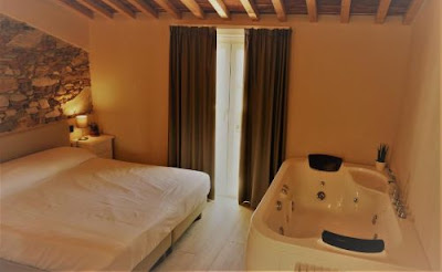 Vacanze e gite in Toscana - Week end fuori citta' : Camere con idromassaggio a Lucca