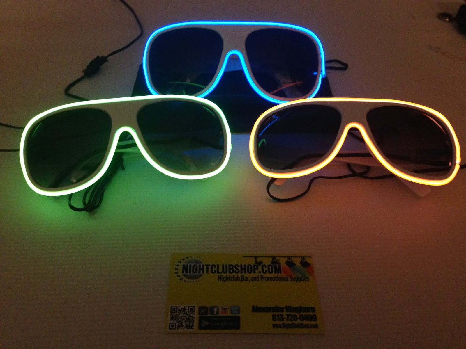 1be78d68a5138 NEW LED AVIATOR SUN GLASSES Are IN! LED Light Up Illuminated Sun ...