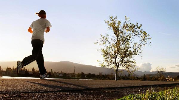 6 Jenis Olahraga Terbaik untuk Mengecilkan Perut Buncit