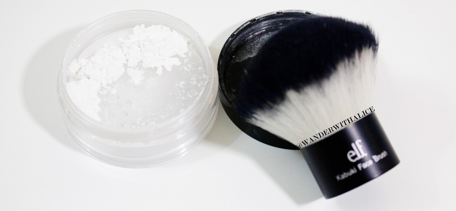 Setting powder maybelline master fix setting perfecting loose one of the main concerns about these stark white powders is that it can create a white cast over your face it is mostly noticeably in flash photography solutioingenieria Images