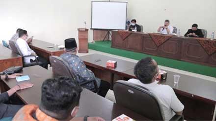 Wali Kota Solok Hadiri Diskusi Bedah Tesis soal Penguatan Pemuda Minangkabau