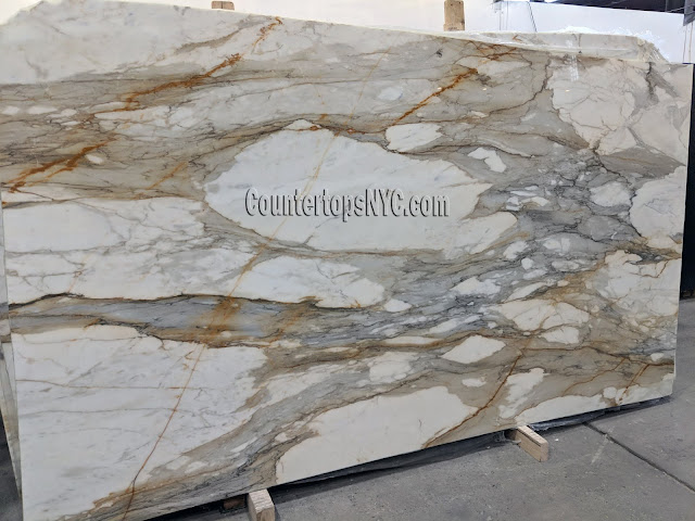 Calacatta Gold Extra White Marble Slabs NYC