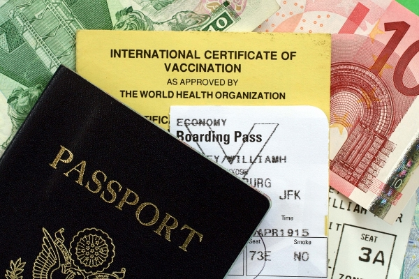 TRIPS ABROAD: HOW TO PROTECT HEALTH ON HOLIDAY?