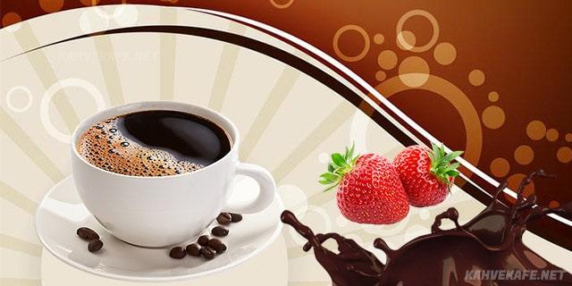 çikolatalı çilekli Türk kahvesi tarifi - www.kahvekafe.net