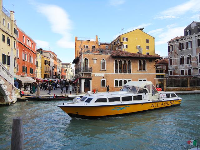 Jak se dostat nejlevněji z Benátek na letiště Marco Polo?