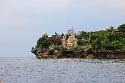 pura pulau menjangan