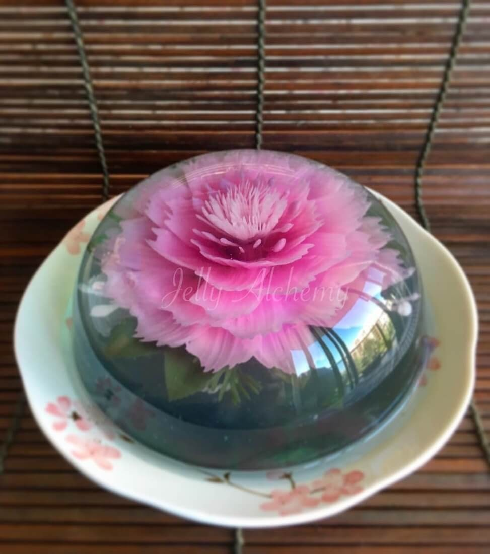 09-Lychee-Jelly-Siew-Heng-Boon-Flowers-in-Food-Art-3D-Jelly-Cakes-www-designstack-co