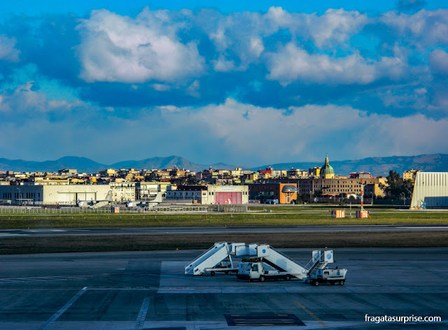 Aeroporto Capodichino, Nápoles, Itália