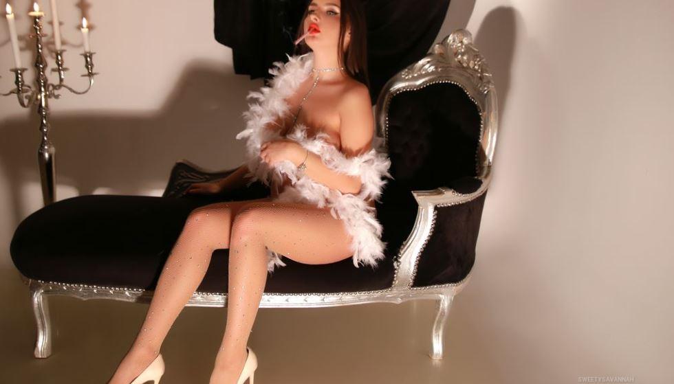 SweetySavannah Model GlamourCams