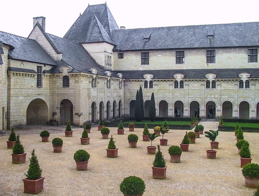 La cour Saint-Benoît