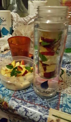 http://www.passaparolablog.com/2016/07/chilaqua-bottiglia-con-infusore-per.html