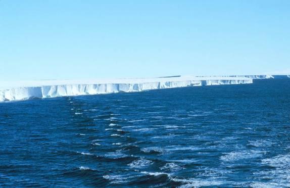 Barreira de Ross, uma das maiores barreiras de gelo do mundo