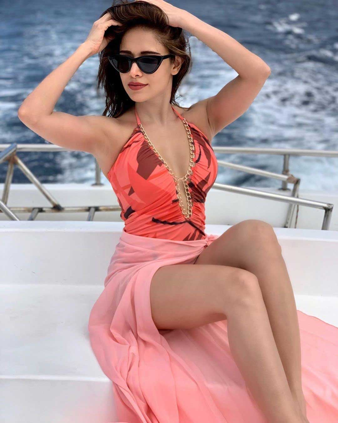 Nushrat Bharucha Hot and Sexy, Nushrat Bharucha Swimsuit