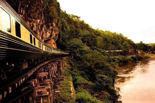 ROYAL ORIENT TRAIN