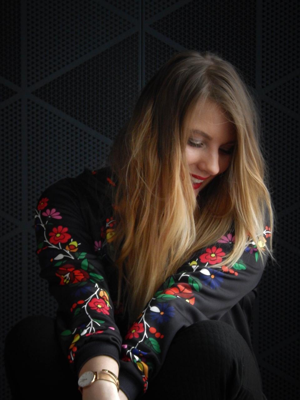 f2-2 folk by koko recenzja opinie ubrania folkowe łowickie motywy bluza góralska sukienka kodra łowicka folkowe ubrania moda ludowa pomysł na prezent fashion blog melodylaniella łódź dworzec łódź fabryczna